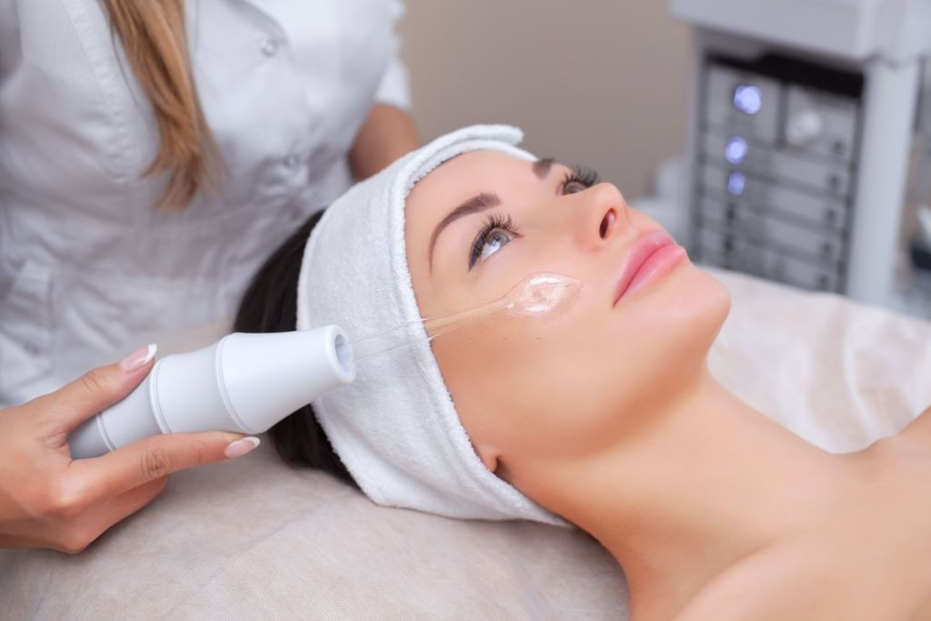 Does Hydrafacial Treats the Damaged Skin?